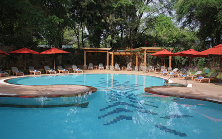 Kenya Lodge Swimming Pool